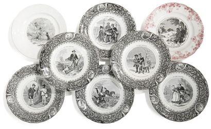 KELLER et GUERIN à LUNEVILLE Six assiettes à dessert en faïence fine à thème de chasse....