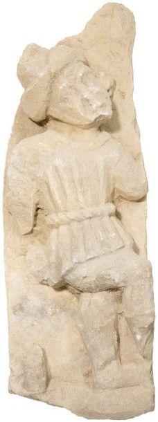 Personnage en pierre calcaire sculptée en...