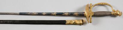 Épée d'officier général. Fusée filigranée...