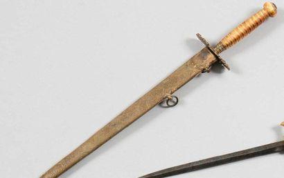 Dague d'officier de marine anglais. Poignée...