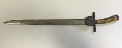 Couteau de chasse allemand. Fusée en bois...