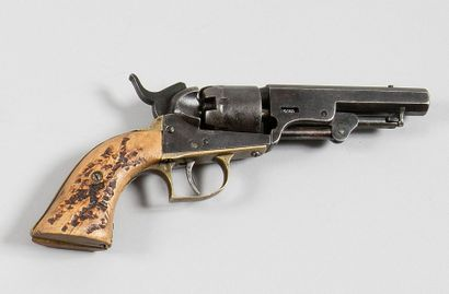 Revolver américain à percussion type Colt...