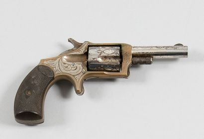 Revolver Pioneer, cinq coups, calibre 32....