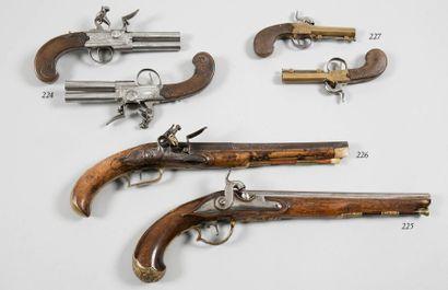 Jolie paire de pistolets à coffre à silex,...