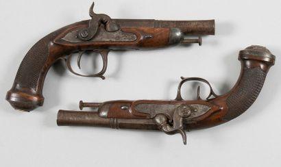 Paire de pistolets de demi-arçon à silex...