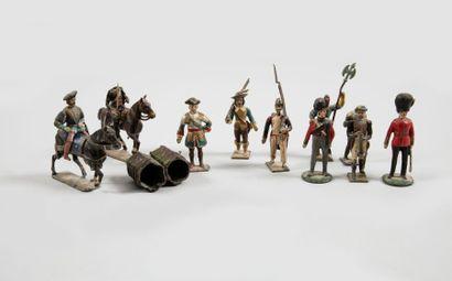 CBG DIVERS Onze figurines dont deux équestres (François Ier, artillerie à cheval...