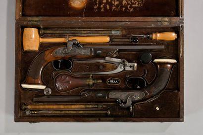 Grande cassette nécessaire de pistolets de...