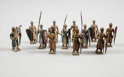 CBG TEMPLIERS Suite de douze templiers et chevaliers en plomb peint. A.B.E.