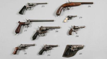Revolver système Lefaucheux. Canon à pans....