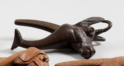 Le chamois Casse-noisette à branches, en...