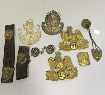 Ensemble de neuf cuivreries: - Quatre plaques...