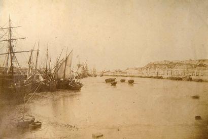 Port de Boulogne, c. 1870. Tirage albuminé....
