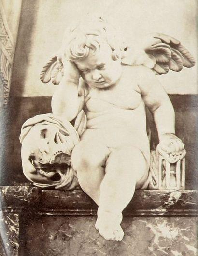 L'Ange pleureur (oeuvre du sculpteur amiénois...