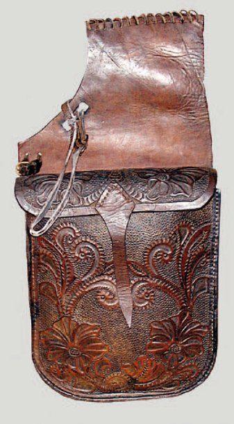 Paire de fontes de selle. Saddle Bag. En...