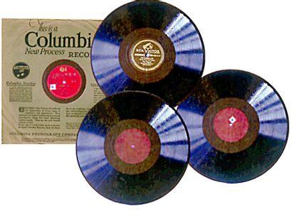Ensemble de trois disques 78 tours. Cowboy...