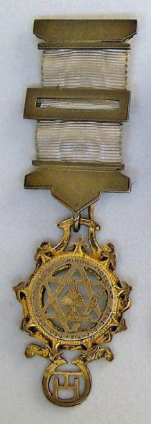 Jolie médaille de Compagnon de l'Arche Royale...