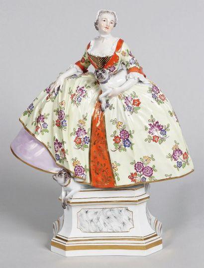 Figurine en porcelaine de Meissen « la Femme...
