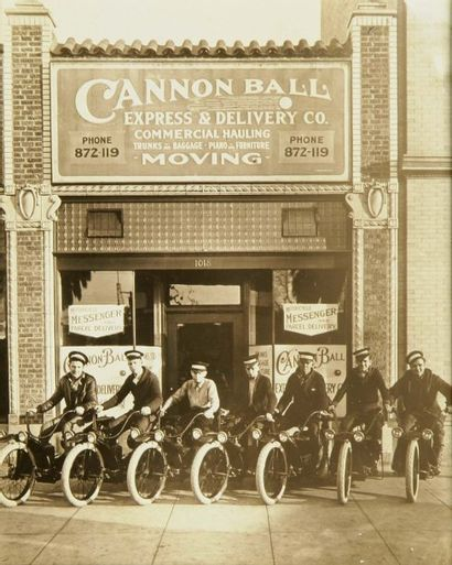 Cannon Ball Motorcycle. USA, c. 1920. Tirage...