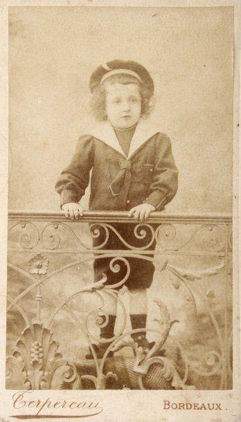 Cartes de visite, c. 1865-1900. Portraits....
