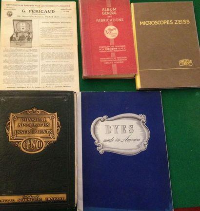 [SCIENCES]. Ensemble de 5 catalogues : -...