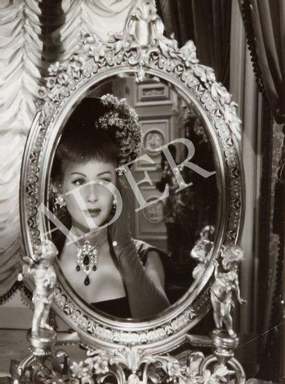 Nana, 1955. De Christian-Jaque, avec Martine...