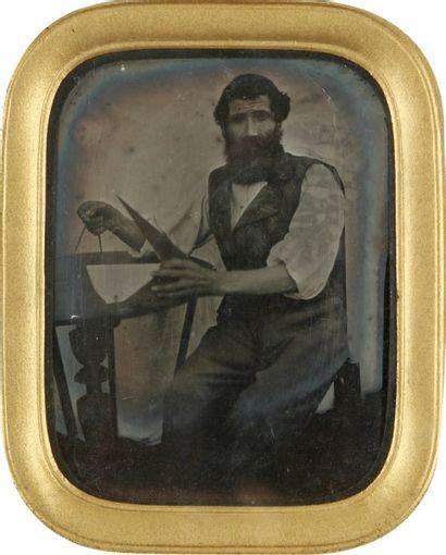 Portrait d'homme au compas, c. 1860. Ambrotype...