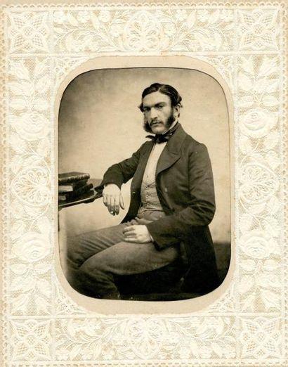 Photographe non identifié  Portrait d'homme,...