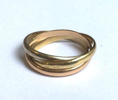 Bague trois anneaux en trois tons d'or 18K...