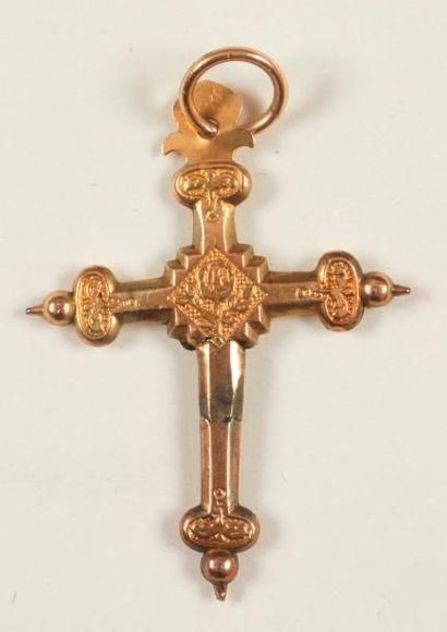 Croix pendentif en or 18K (750 ‰). Travail...