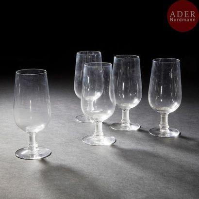 Maison LALIQUE Murat Suite de 5 verres à...