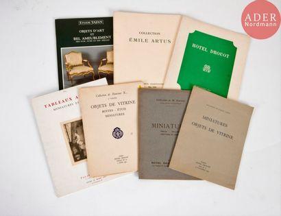 MINIATURES Ensemble de sept catalogues :...