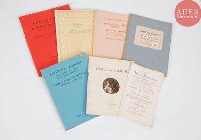 OBJETS DE VITRINE Bel ensemble de 8 catalogues...