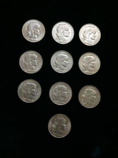 10 pièces de 20 Francs or. Type Coq Frais...