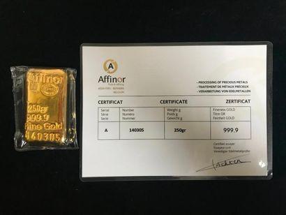 Lingotin or 250g numéroté 140305 avec certificat....