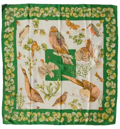 Foulard Hermès en soie à décor d insectes...