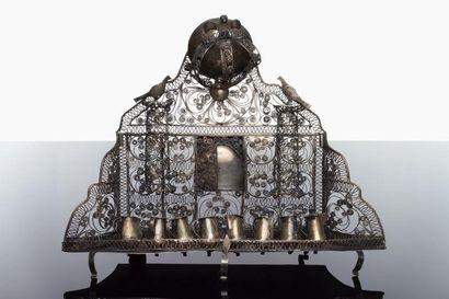 LAMPE DE HANOUCCA - Argent et filigrane d'argent....