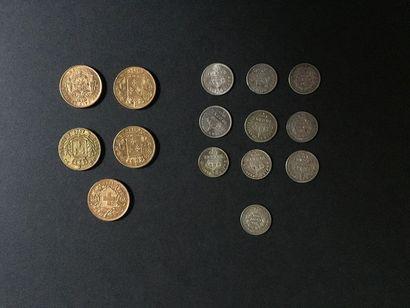 5 pièces 20 Francs en or dans un sachet numéroté...