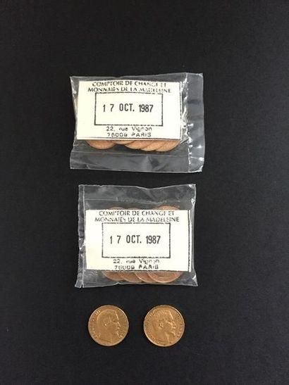 22 pièces de 20 Francs en or dans un sachet...