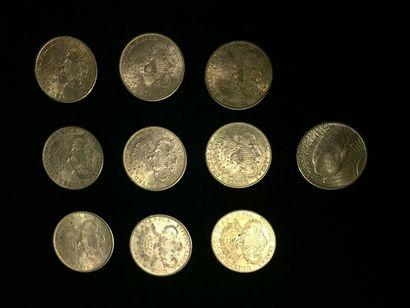 10 pièces de 20 Dollars en or dans un sachet...