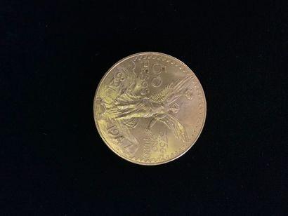 1 pièce de 50 Pesos en or. Dans son écrin...