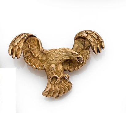 Broche en or 18K (750) dessinant un aigle...