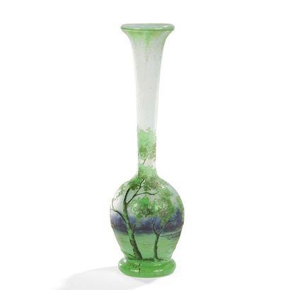 DAUM NANCY Arbres feuillus Vase soliflore...