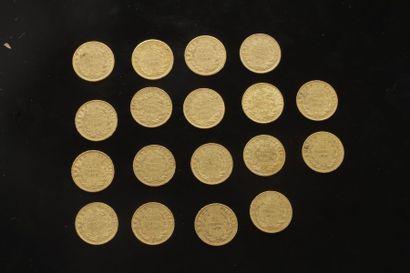 18 pièces de 20 Francs en or. Type Napoléon...
