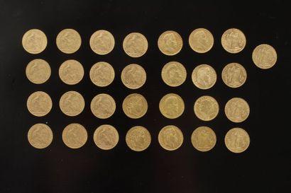 Lot de 29 pièces de 20 Francs en or dans...