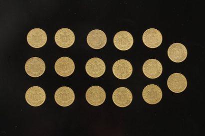 Lot de 17 pièces de 20 Francs en or. Type...