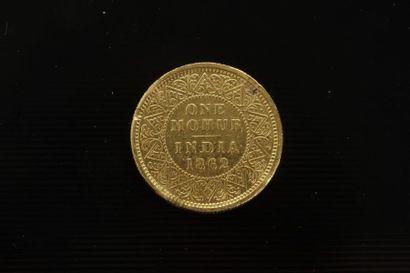 1 pièce en or ; One Mohur India 1862 Victoria...