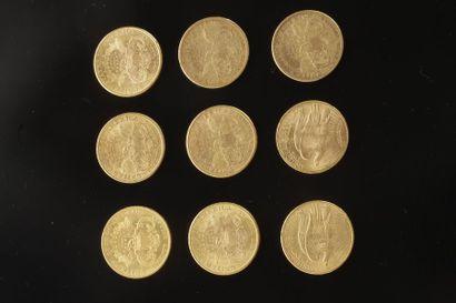 9 pièces de 20 Dollars en or. - 2 pièces...