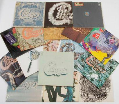 CHICAGO Ensemble de 16 disques 33 T + 1 coffret....