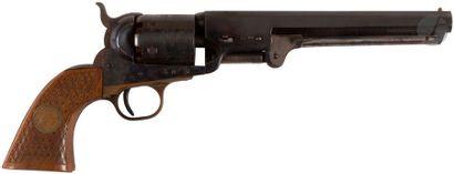 Revolver Colt Old Model Navy 1851, six coups, calibre 36. Finition bronzée et jaspée....
