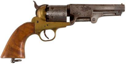 Revolver modèle 1851 Navy, à poudre noire, six coups, calibre 36. Carcasse en laiton....